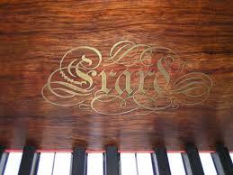 Erard-Logo
